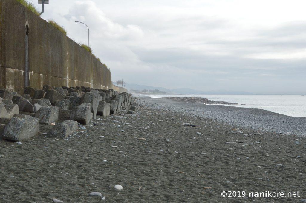 An Empty Beach in Golden Week